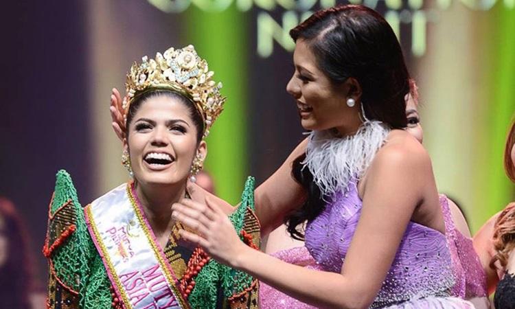Sharifa đăng quang hoa khôi Châu Á Thái Bình Dương Quốc tế năm 2018. Ảnh: Twitter/Sharifa Akeel.