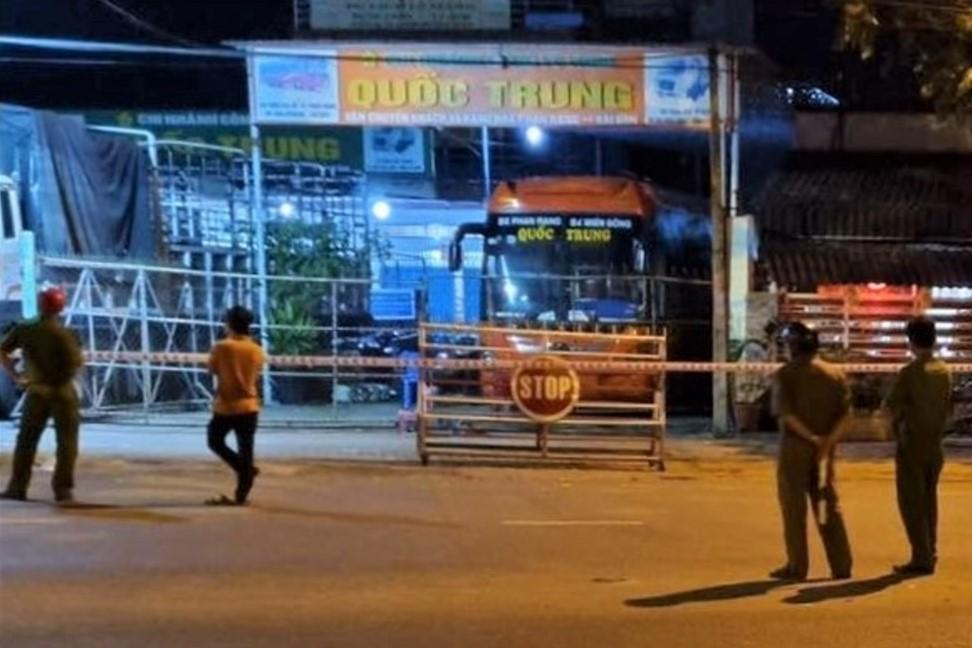 Nhà xe Quốc Trung ở Phan Rang bị phong tỏa, hôm 19/8. Ảnh: Ninh Thuận ngày mới
