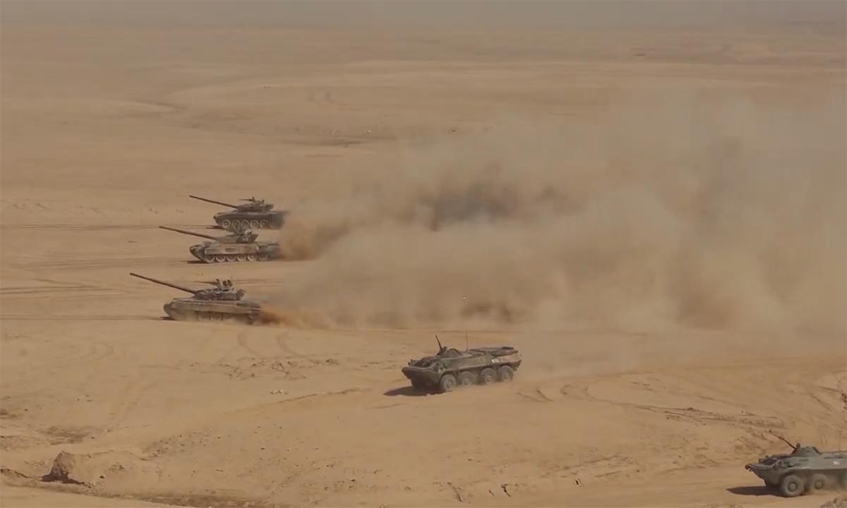Nga, Tajikistan và Uzbekistan diễn tập gần biên giới Afghanistan ngày 10/8. Viideo: BQP Nga.
