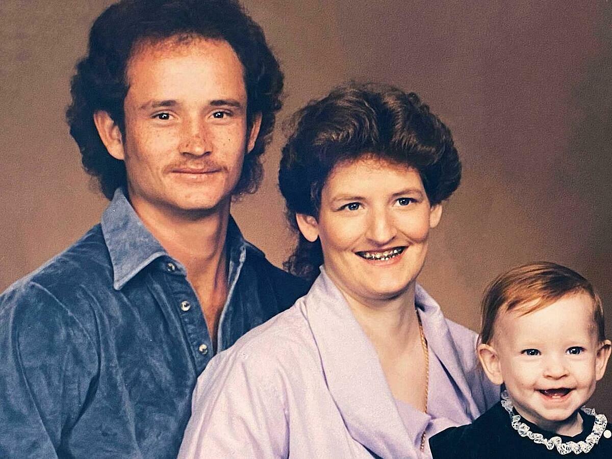 Vợ chồng Carl, Tracey và con gái. Ảnh: CBSnews
