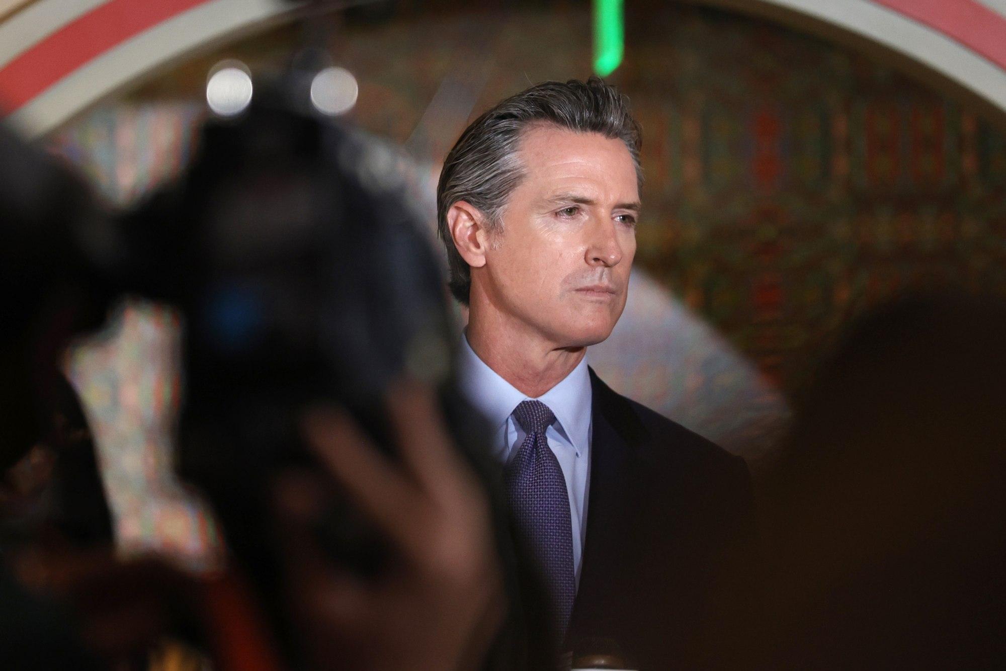 Thống đốc California, Gavin Newsom yêu cầu chính phủ liên bang cho phép sử dụng tiền thuế để thực hiện chương trình cai nghiện kiểu mới. Ảnh: NBCnews