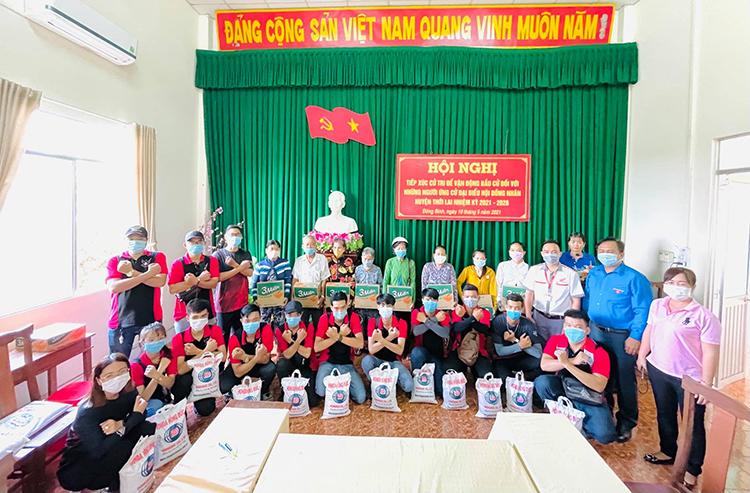 CLB Winner 150 Hồng Đức trong một hoạt động cộng đồng.