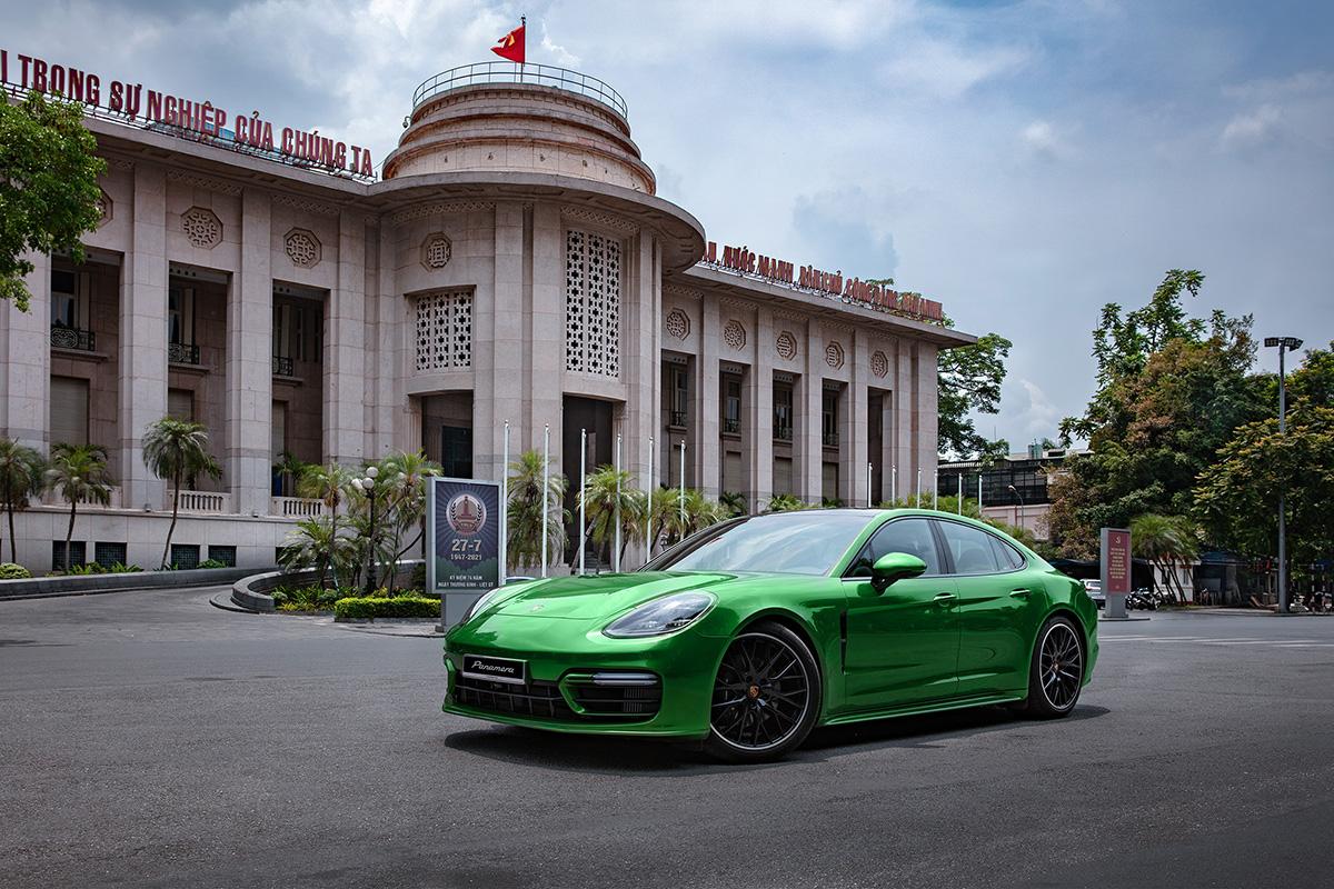 Porsche Panamera phiên bản nâng cấp tại Việt Nam. Ảnh: Porsche.
