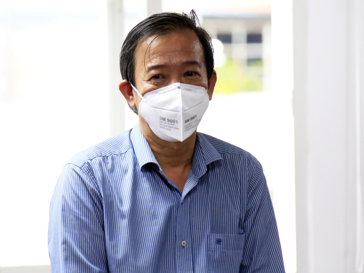 GS. TS Nguyễn Văn Vĩnh Châu, Phó giám đốc Sở Y tế TP HCM tại buổi họp báo chiều 31/8. Ảnh: Hữu Công