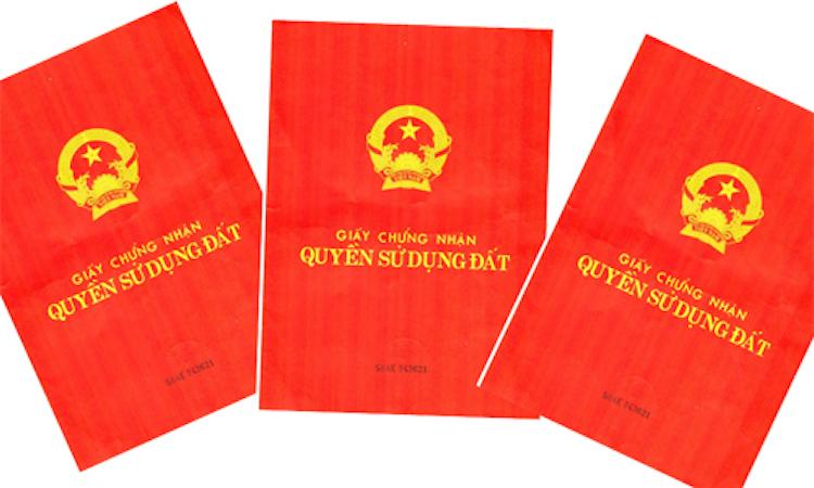 Người dân đi làm Sổ đỏ không cần nộp bản sao các giấy tờ tuỳ thân như chứng minh thư, căn cước, sổ hộ khẩu nhờ cơ sở dữ liệu quốc gia về dân cư. Ảnh: PV