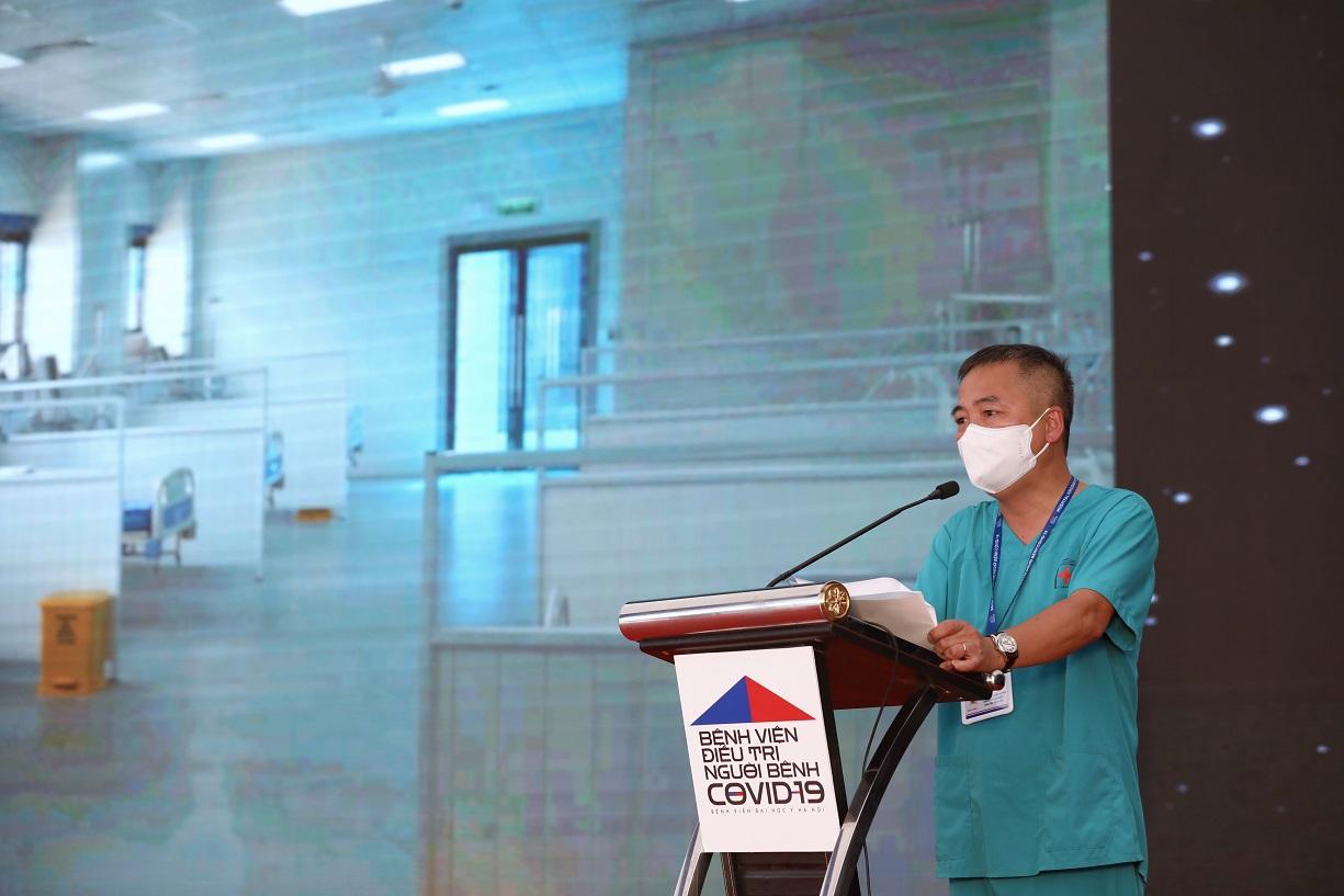 PGS. TS. Nguyễn Lân Hiếu, Giám đốc Bệnh viện Đại học Y Hà Nội phát biểu tại sự kiện khai trương bệnh viện điều trị Covid-19.