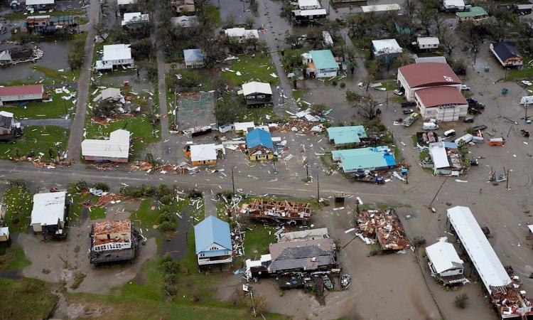 Thị trấn Grand Isle ở sườn phía đông mắt bão Ida. Ảnh: Ben Depp/National Geographic