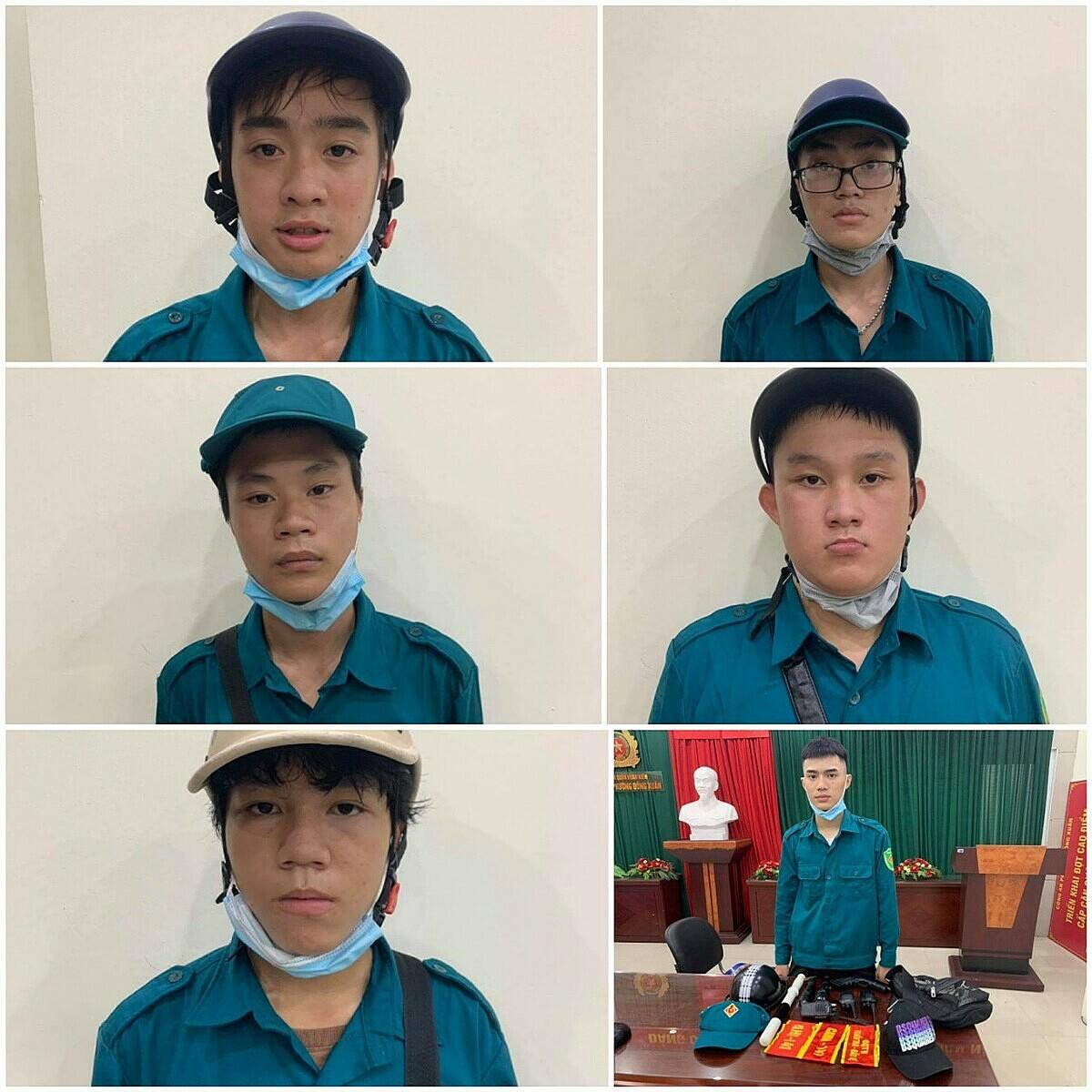 Sáu bị cáo cùng tang vật khi công an quận Hoàn Kiếm bắt giữ. Ảnh: Công an cung cấp