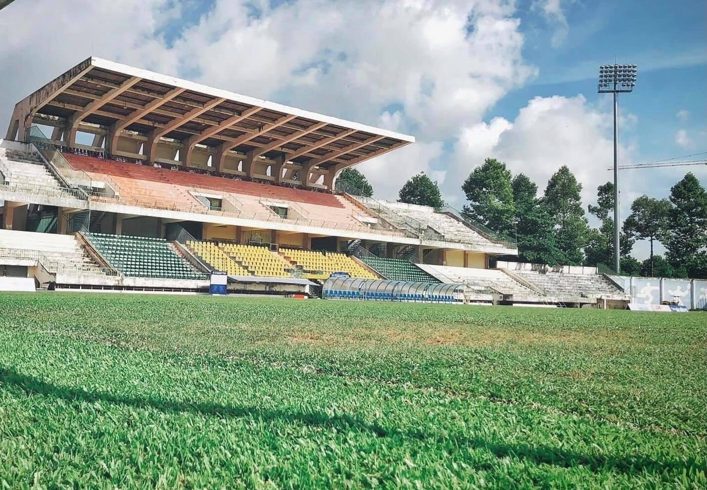 Sân vận động Cao Lãnh, nơi bố trí chỗ sinh hoạt cho học viên trường Năng khiếu Thể dục Thể thao tỉnh Đồng Tháp. Ảnh: Ngọc Tài