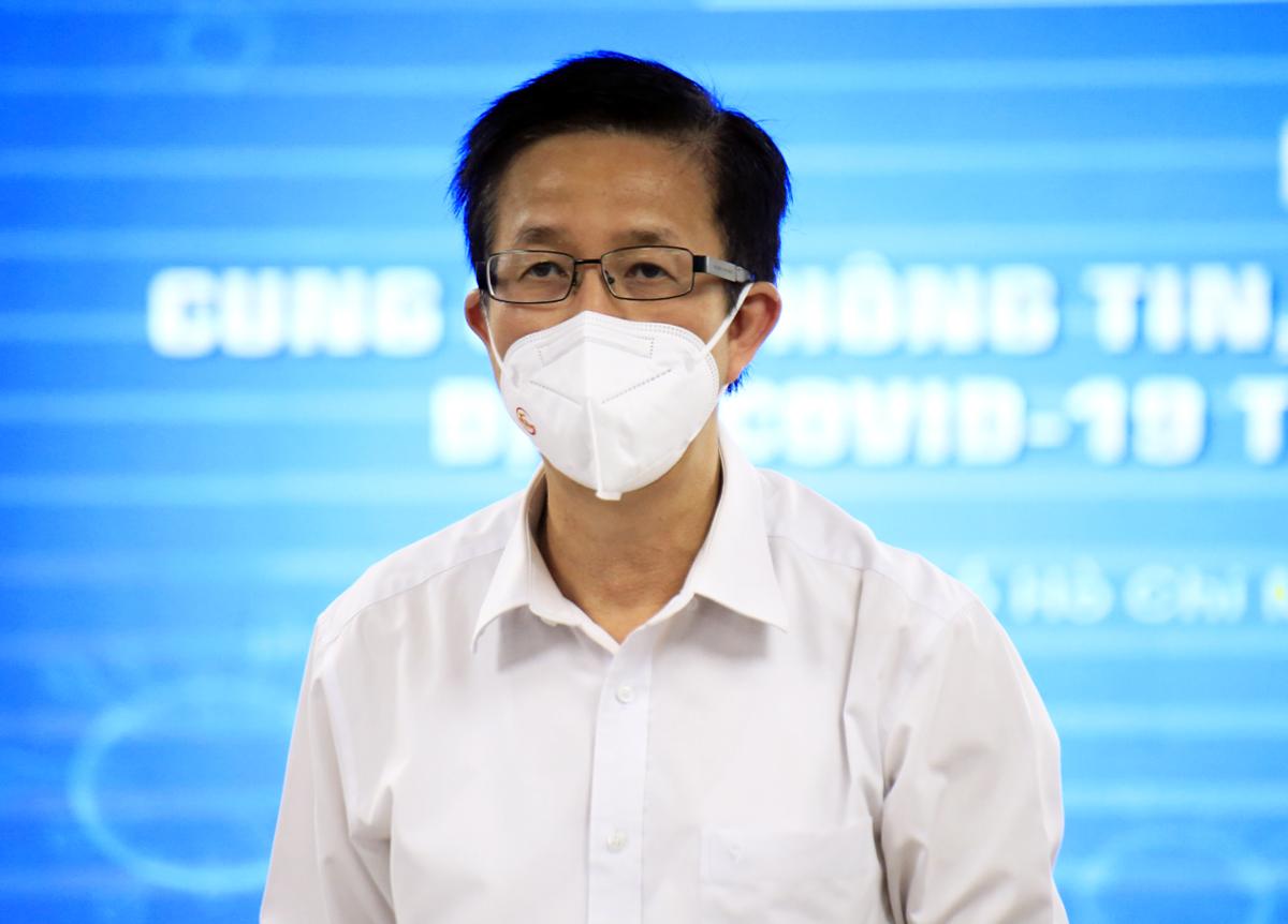 Ông Phạm Đức Hải, Phó ban chỉ đạo phòng chống Covid-19 TP HCM trả lời báo chí chiều 3/9. Ảnh: Hữu Công
