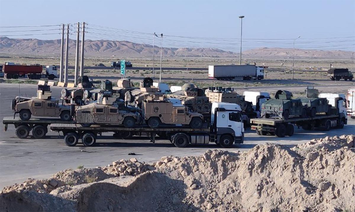 Đoàn xe chở phương tiện quân sự Mỹ hướng về thủ đô Iran đăng trên mạng xã hội ngày 1/9. Ảnh: Telegram/Army Ir.
