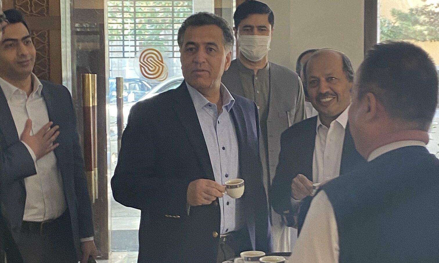 Tổng giám đốc ISI Paiz Hameed xuất hiện tại Kabul vào ngày 4/9. Ảnh chụp màn hình ANI.