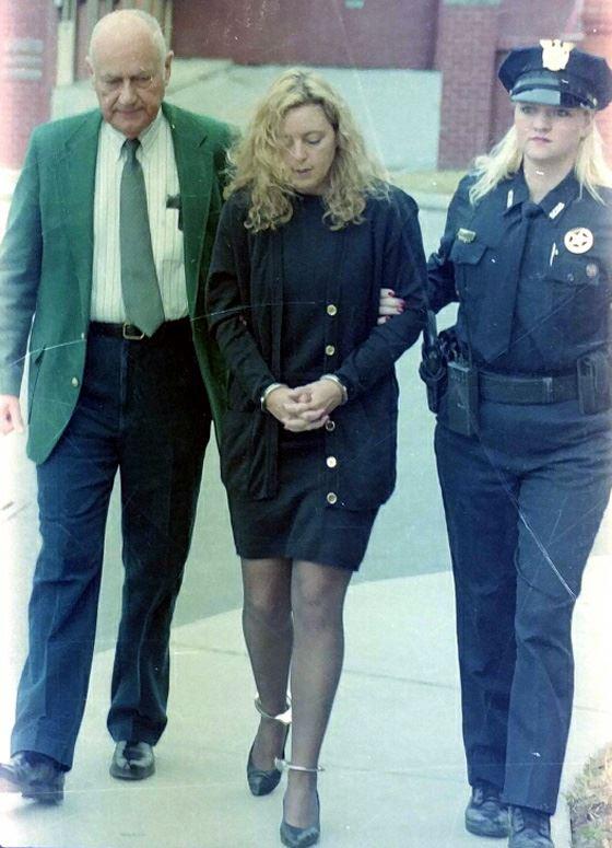 Shayne Lovera hầu toà tháng 3/1996. Ảnh: The Moutain Press
