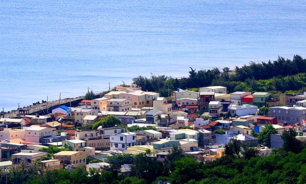Một góc huyện Bình Đông nhìn từ trên cao. Ảnh: Guardian
