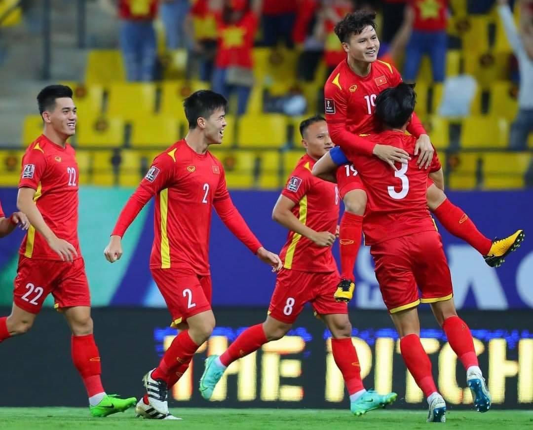 Quang Hải mừng bàn mở tỷ số vào lưới Saudi Arabia. Ảnh: AFC