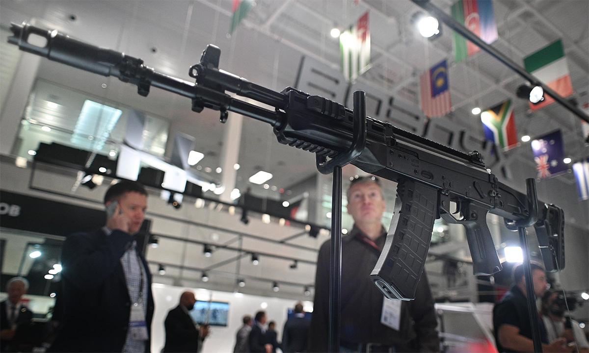 AK-12SP tại triển lãm Army 2021 ở Moskva, Nga hồi tháng 8. Ảnh: Sputnik.