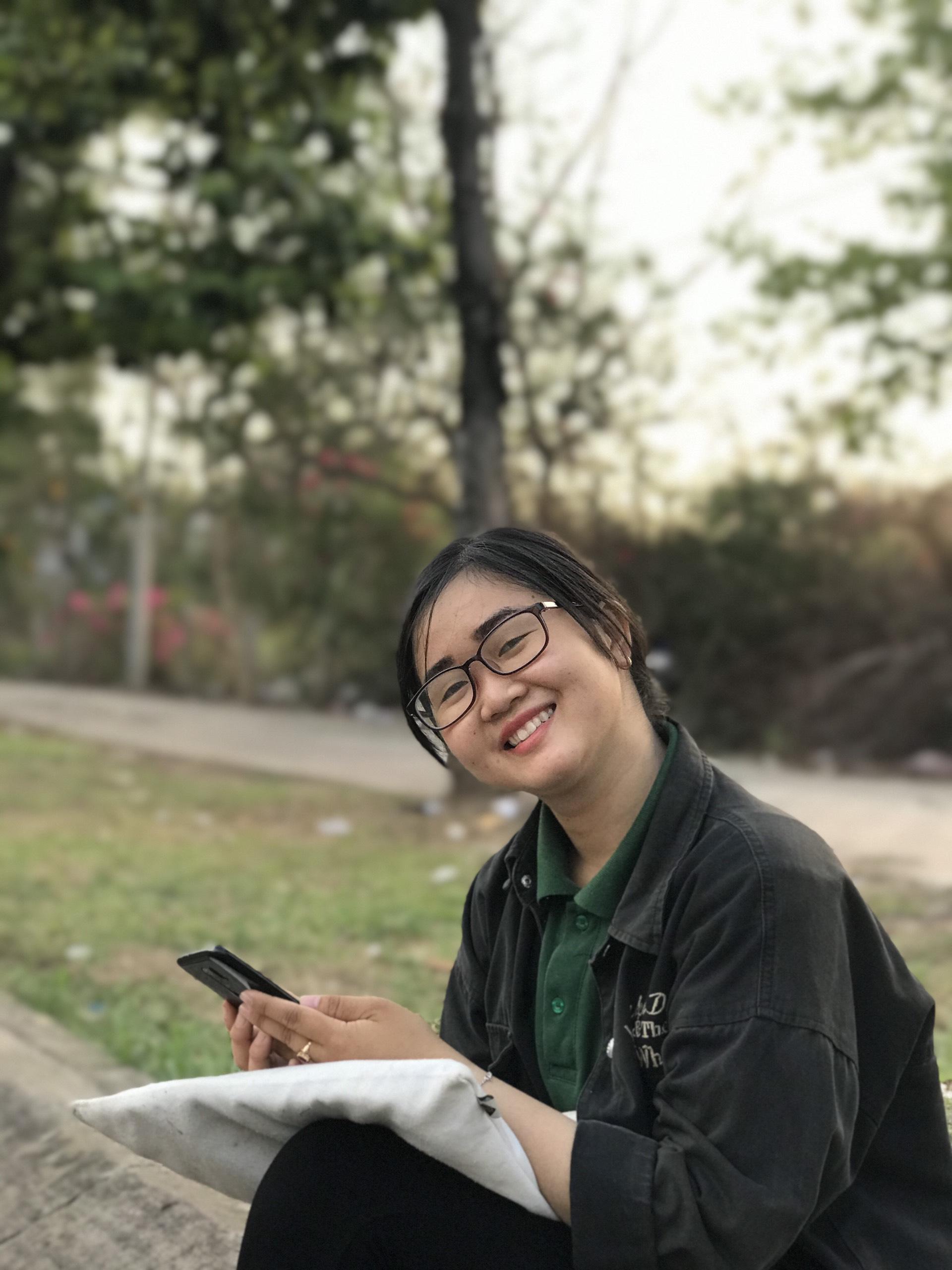 Nguyễn Thị Mỹ Huệ tìm được mong muốn của bản thân khi tham gia chương trình UEH Mentoring. Ảnh: NVCC