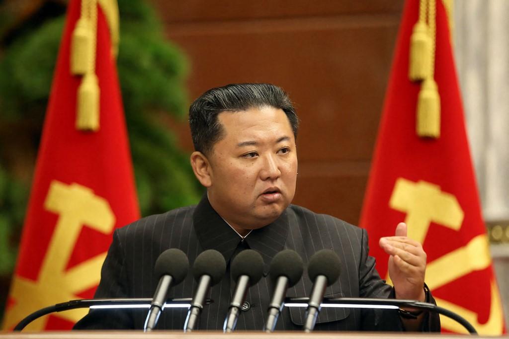 Lãnh đạo Triều Tiên Kim Jong-un trong cuộc họp tại Bình Nhưỡng hôm 2/9. Ảnh: AFP