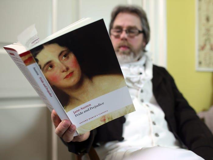 Tiểu thuyết kinh điển Kiêu hãnh và định kiến của Jane Austen nằm trong top 30 cuốn sách hay nhất mọi thời đại, theo bình chọn của The Greatest Books. Ảnh: Insider