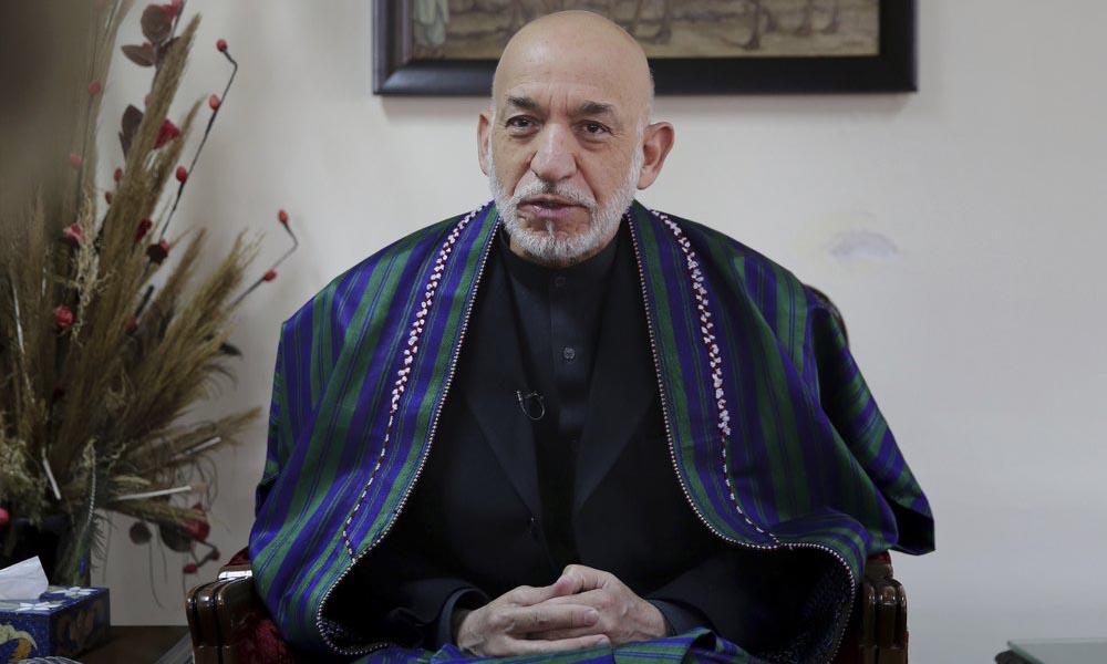 Cựu tổng thống Afghanistan Hamid Karzai trong cuộc phỏng vấn tại Kabul hồi tháng 12/2019. Ảnh: AP.
