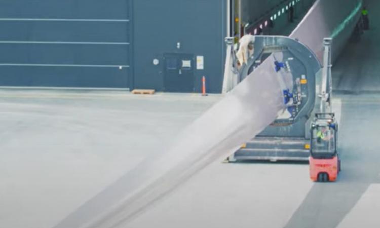 Cánh quạt turbine gió có thể tái chế tại nhà máy ở Đan Mạch của Siemens. Ảnh: Siemens Gamesa