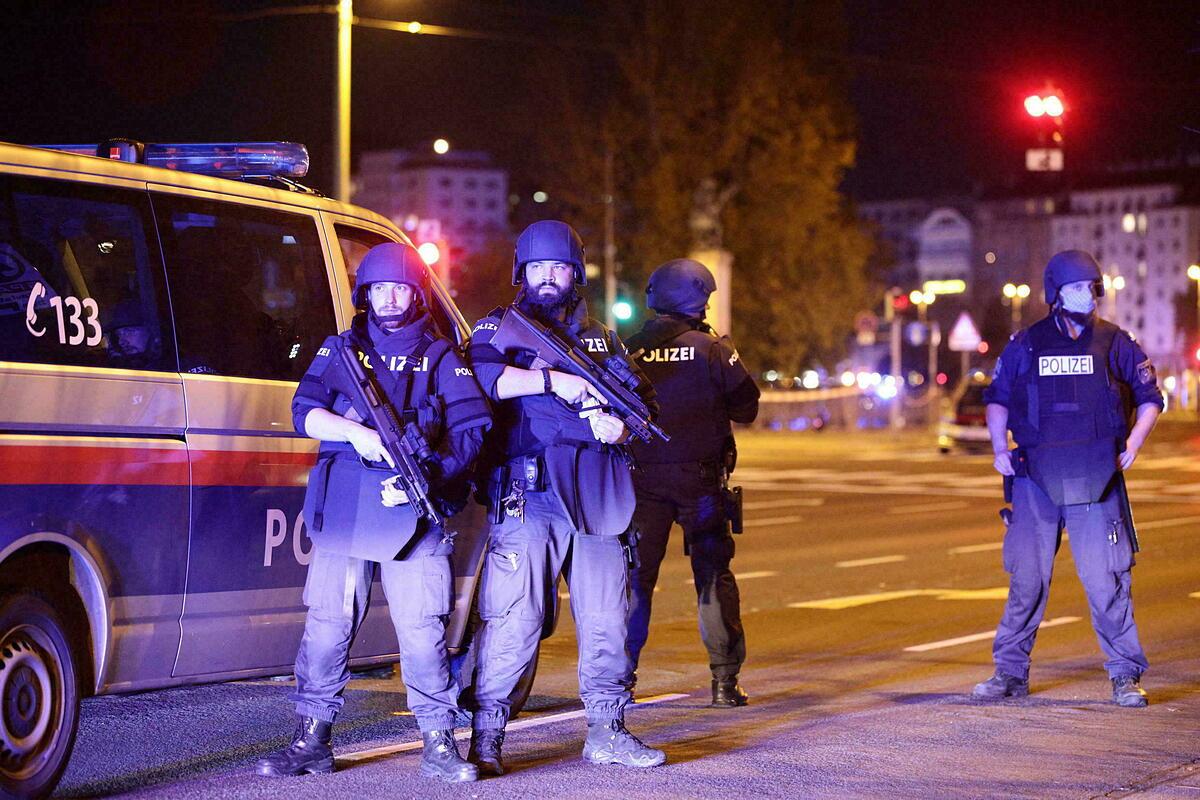 Cảnh sát Áo tại Vienna hồi tháng 11/2020. Ảnh: Reuters