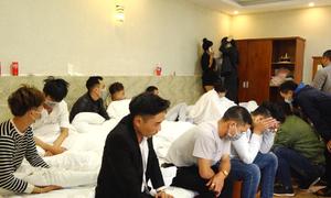 Nhóm thanh niên thuê khách sạn tổ chức 'tiệc ma túy'