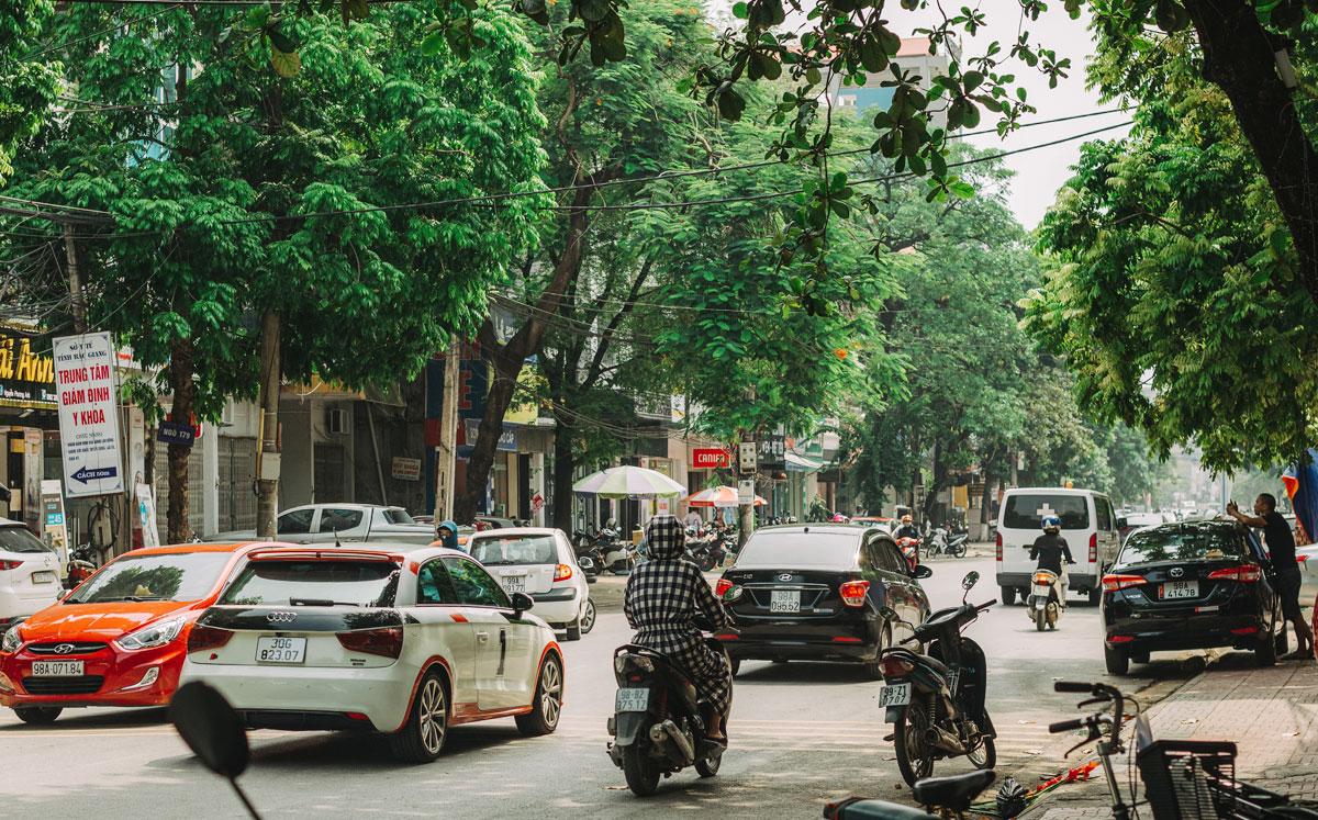 Đường phố Bắc Giang nhộn nhịp khi tỉnh trở về trạng thái bình thường mới, hôm 29/7. Ảnh: Quang Đoàn