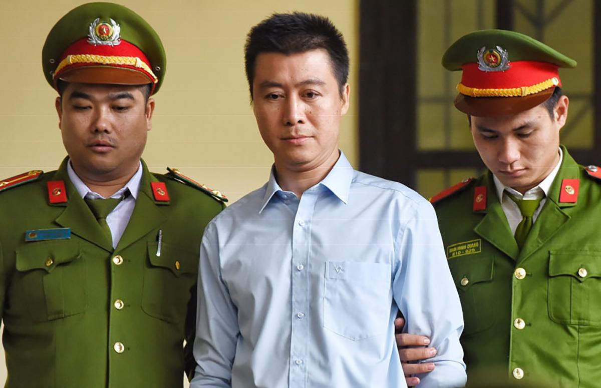 Phan Sào Nam trong phiên tòa tại TAND tỉnh Phú Thọ, năm 2018. Ảnh: Giang Huy.