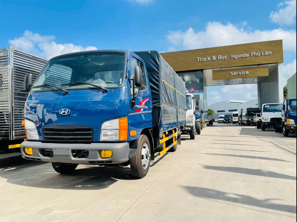 Không chỉ ở phân khúc xe du lịch, các đại lý phân phối xe tải và bus của Savico cũng đang đối mặt với những ảnh hưởng từ đại dịch Covid-19.