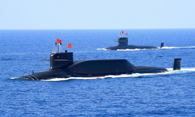 Tàu ngầm Trung Quốc hoạt động tại Biển Đông, tháng 4/2018. Ảnh: Reuters.