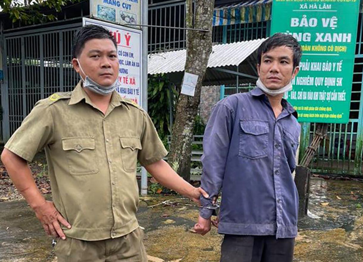 Linh bị bắt giữ sáng 12.9. Ảnh: Hoài Thanh