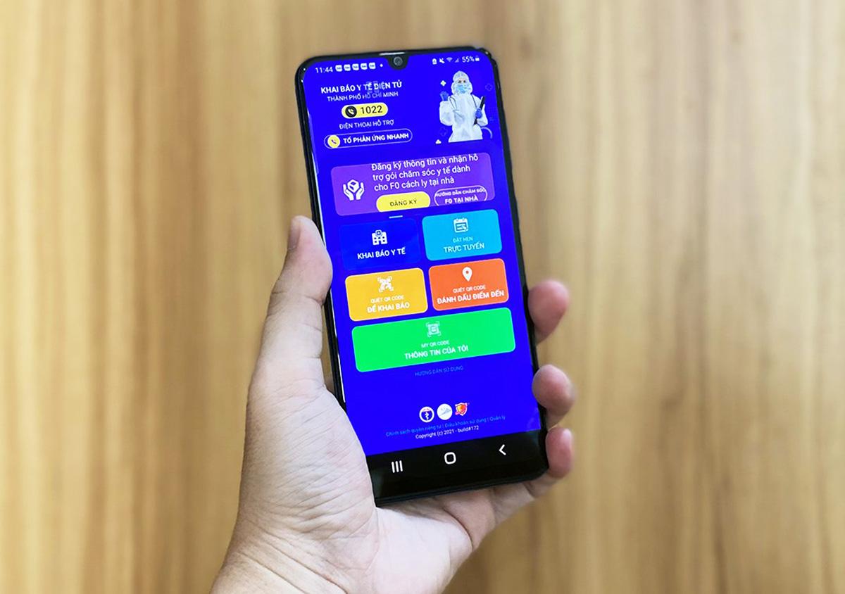 Ứng dụng Y tế HCM trên smart phone. Ảnh: Hữu Công