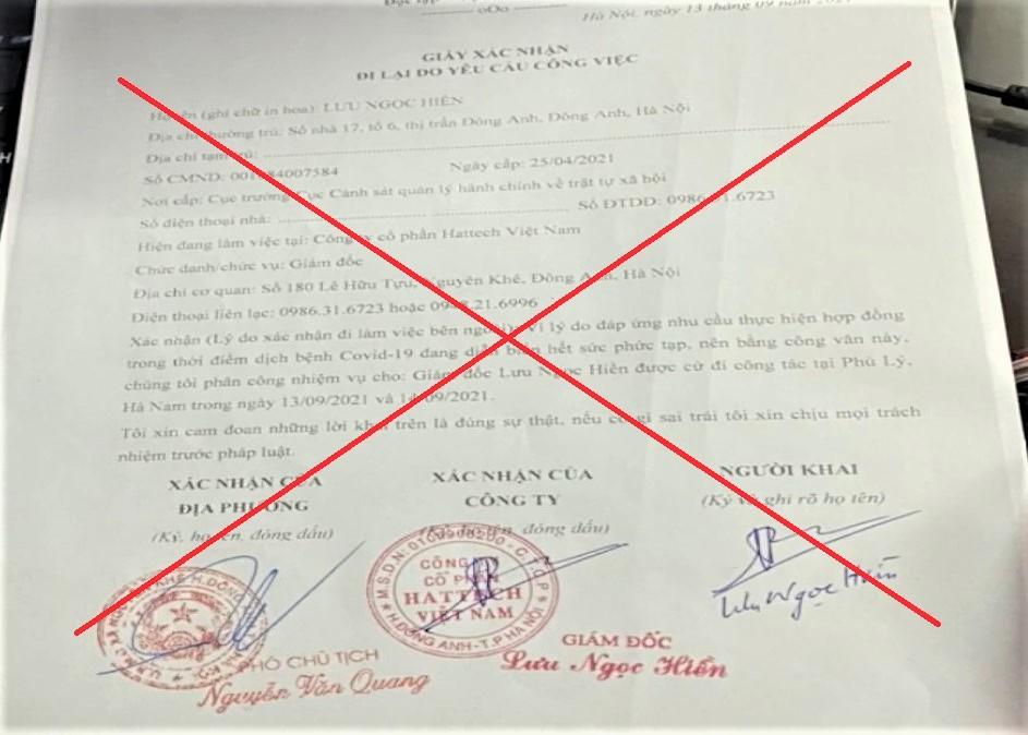 Giấy đi đường giả mạo con dấu, chữ ký của Phó chủ tịch UBND xã Nguyên Khê. Ảnh: Công an Hà Nam