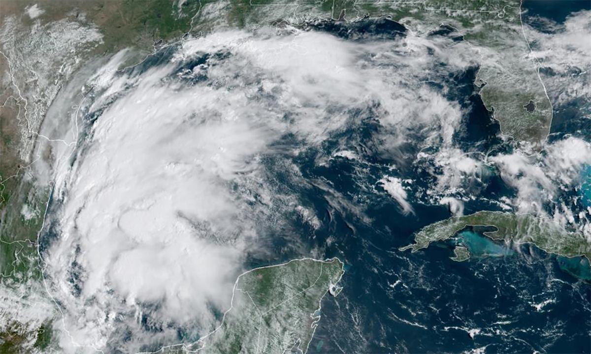 Bão Nicholas trên khu vực vịnh Mexico ngày 12/9. Ảnh: NOAA.