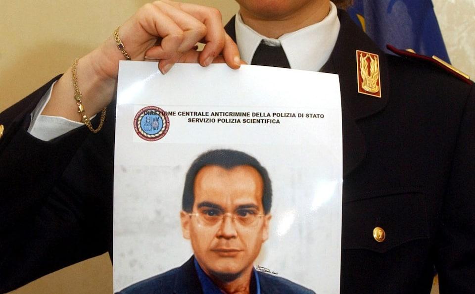 Chân dung của trùm mafia Matteo Messina Denaro sau gần 30 năm lẩn trốn được cảnh sát công nghệ cao phác thảo lại bằng máy tính. Ảnh: AP