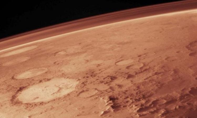 Sao Hỏa có khí quyển mỏng hơn nhiều so với Trái Đất. Ảnh: NASA