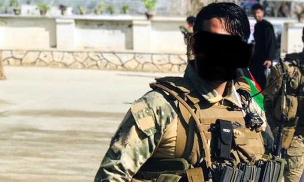 Lính bắn tỉa người Afghanistan bị Taliban xử tử hôm 13/9 trong bức ảnh do cựu đại tá Anh Ash Alexander-Cooper chia sẻ. Ảnh: Twitter/Ash Alexander-Cooper.