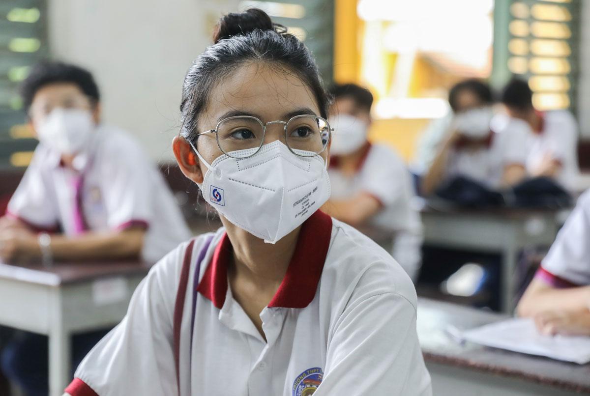 Thí sinh dự thi tốt nghiệp 2021 tại trường THPT Trưng Vương, quận 1, TP HCM. Ảnh: Quỳnh Trần