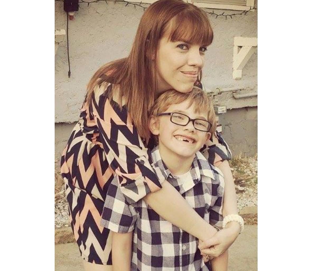 Jessyka Nelson và con trai. Ảnh: Chilling Crimes