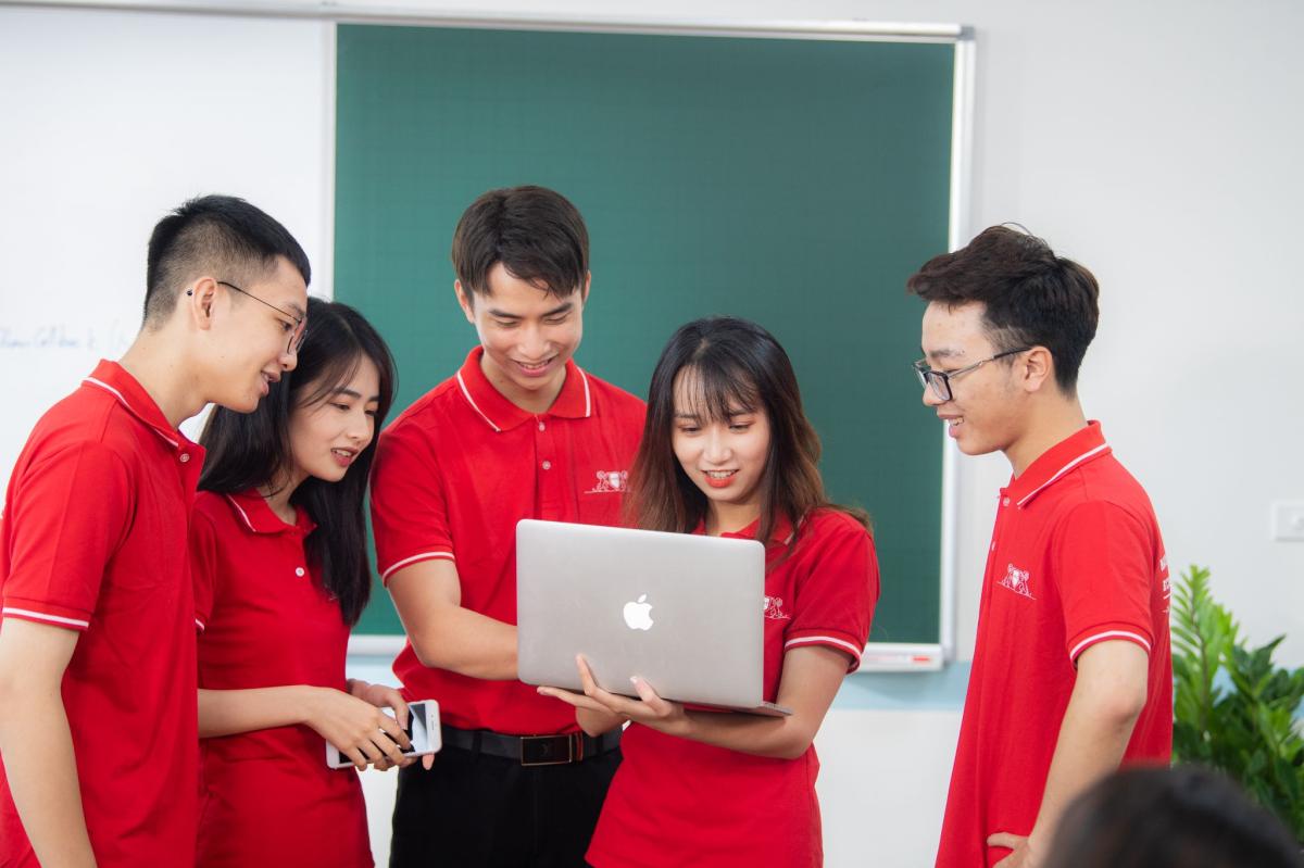 Học viên Cao đẳng Kinh tế - Kỹ thuật Hà Nội được trang bị kỹ năng học tập chủ động.