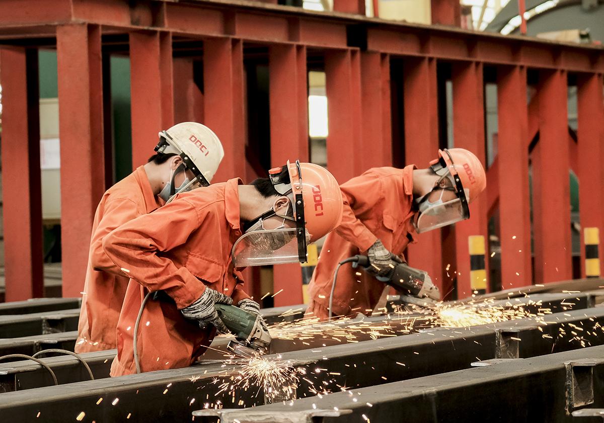 Công ty cổ phần cơ khí Đại Dũng ở Khu công nghiệp An Hạ, huyện Bình Chánh, thực hiện phương án 3 tại chỗ. Ảnh: An Phương