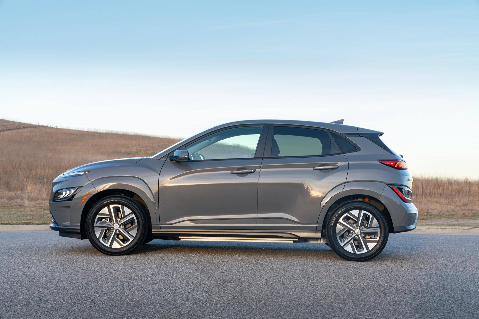 Kona là một trong những chiếc CUV rẻ nhất tại xứ cờ hoa. Ảnh: Hyundai