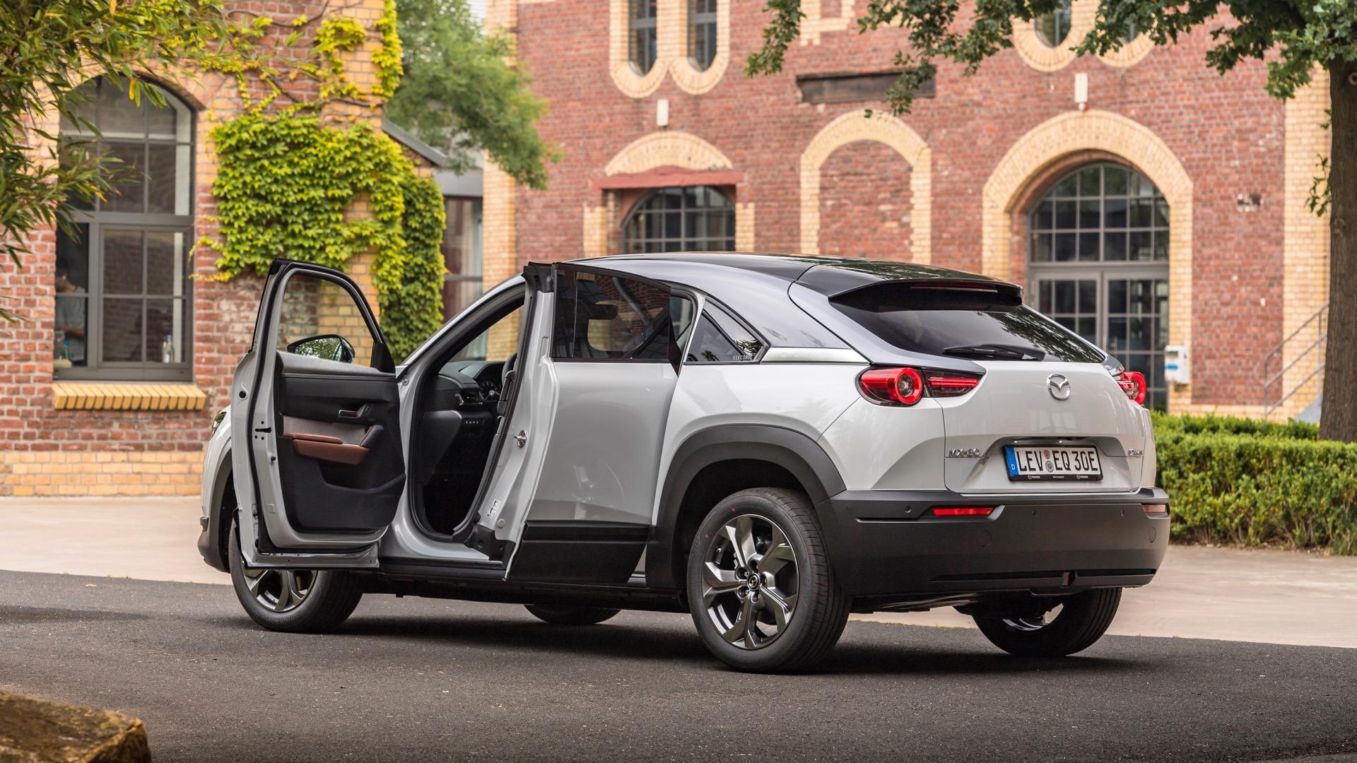 MX-30 EV kiểu dáng coupe. Ảnh: Mazda