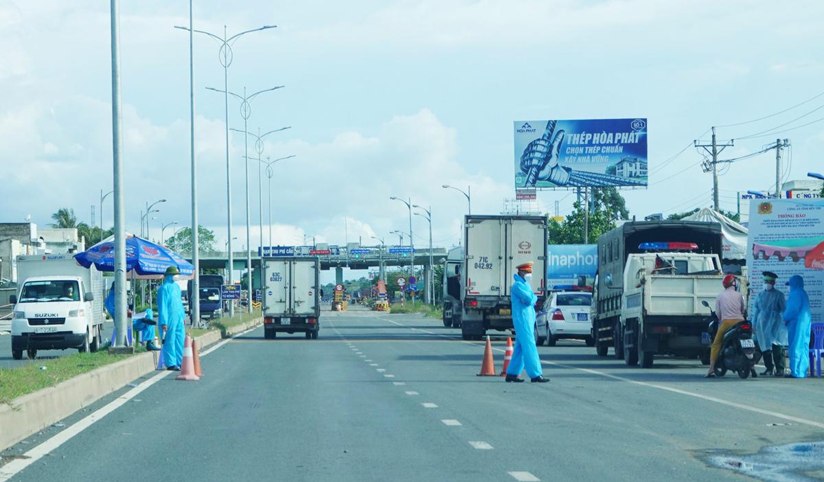 Trạm thu phí BOT cầu Rạch Miễu sẽ hoạt động trở lại từ 0h ngày 20/9. Ảnh: Hoàng Nam