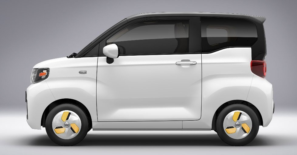 The overall length of QQ Ice Cream is only 2917 mm.  The car has two doors and can carry 4 people.  Photo: Chery
