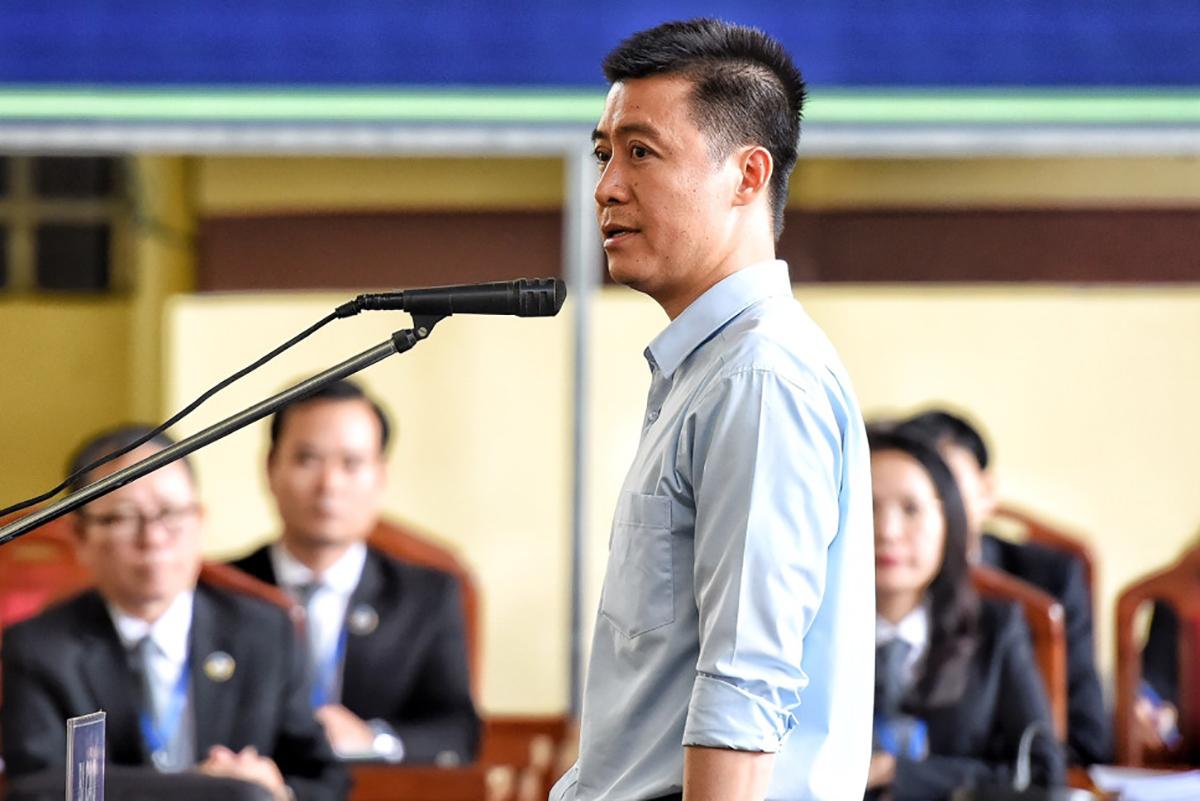 Phan Sào Nam trong phiên toà tại Phú Thọ. Ảnh: Giang Huy.