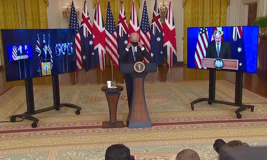 Lãnh đạo Australia, Mỹ và Anh trong cuộc họp báo công bố thỏa thuận hôm 15/9. Ảnh: Reuters.