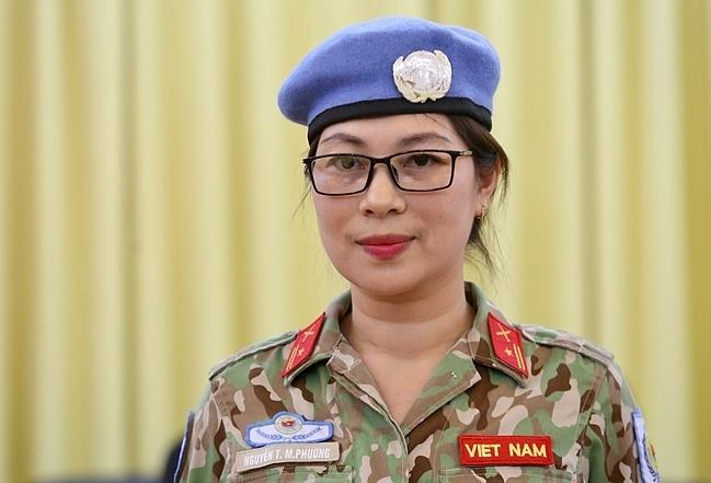 Thiếu tá Nguyễn Thị Minh Phương là nữ quan sát viên quân sự đầu tiên của Việt Nam ở Phái bộ Nam Sudan. Ảnh: Gia Chính