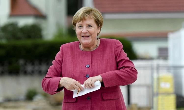 Thủ tướng Đức Angela Merkel tại thành phố Burgergarten, Đức, hôm 10/9. Ảnh: Reuters.